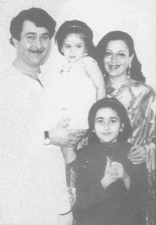 Baby Kareena with father Randhir Kapoor.